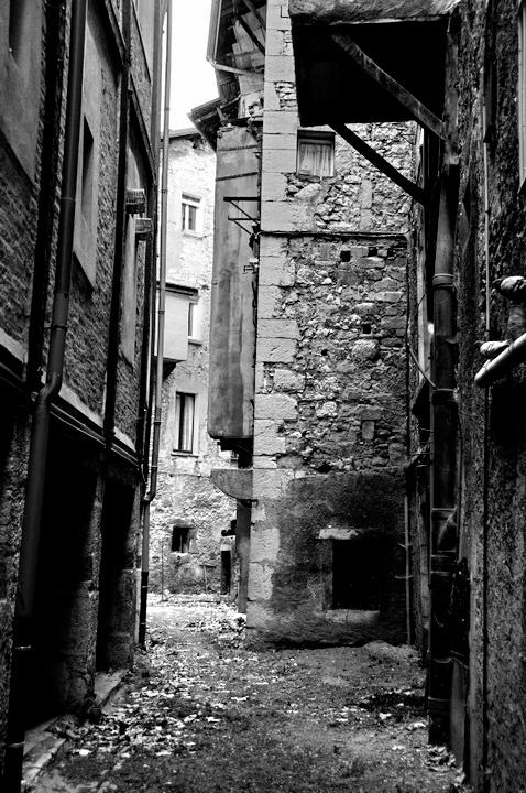 chambery rue noir et blanc 3.jpg