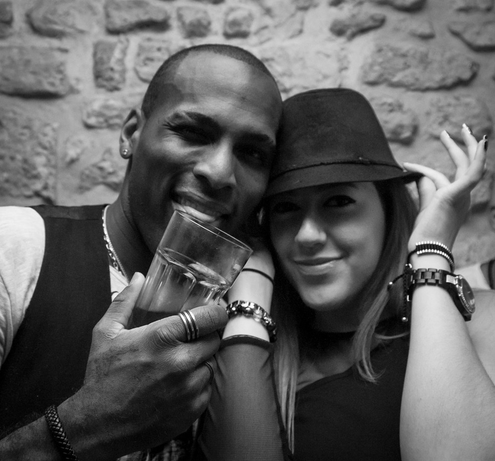 clubbing people man woman black and white youth sexy night life paris nyc france usa 1.jpg