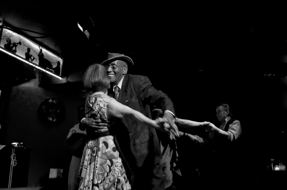 swing jazz nyc new york bar dancing people old vintage woman man 6.jpg