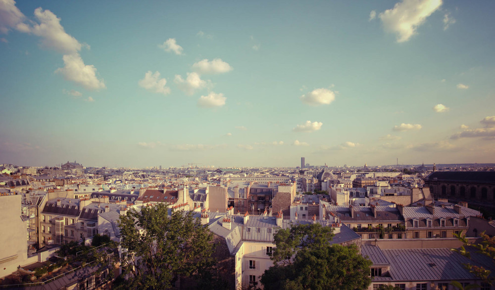 Paris Roof Top toit parisien paris france sunny sun soleil ciel sky skyline blue.jpg