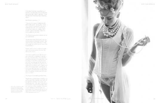 Boudoir-Photo-Denver-Marie-Antoinette-in-Lace-Corset-and-Pearl