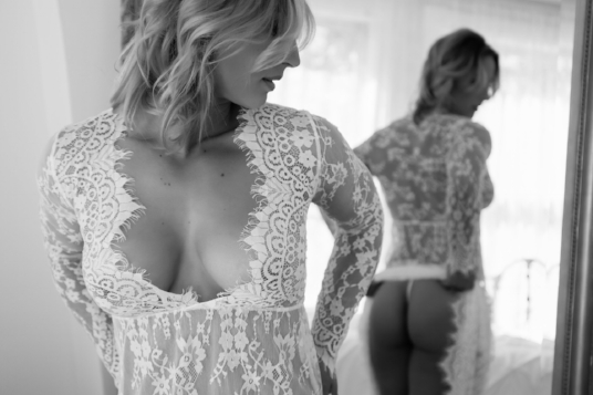 Bridal-Boudoir-Photo-Denver-Woman-in-Lace-Dress-in-Mirror