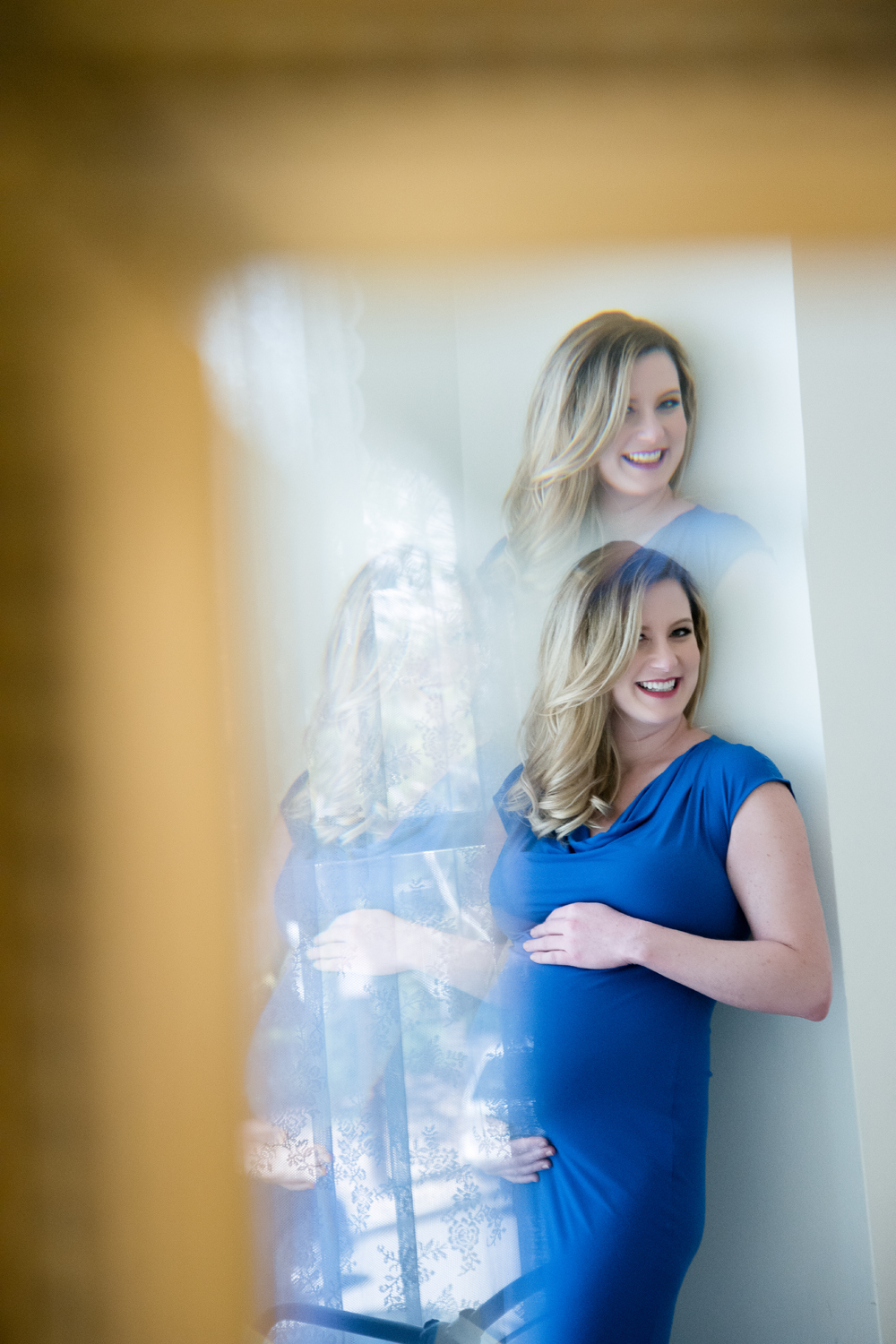 Maternity-Boudoir-Baby-Bump-in-Mirror.jpg