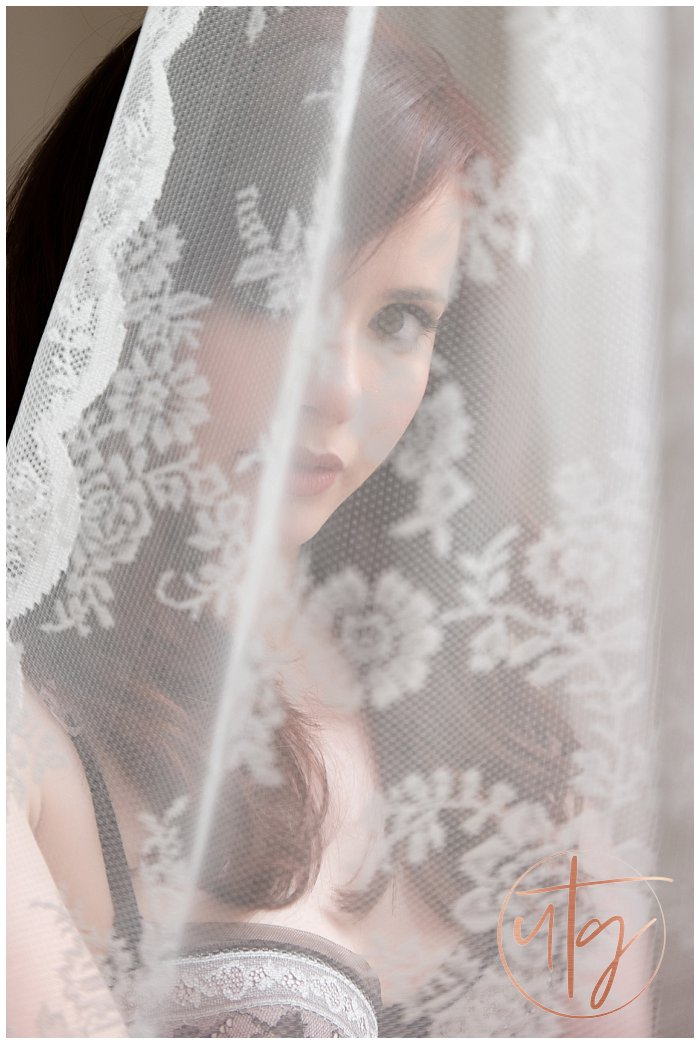 boudoir photography denver lace portrait.jpg