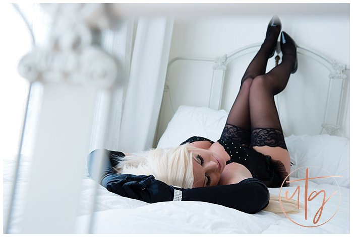 boudoir photography denver gloves stockings.jpg