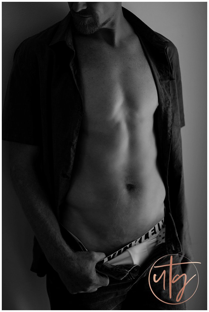 male boudoir photography denver bw shirtless.jpg