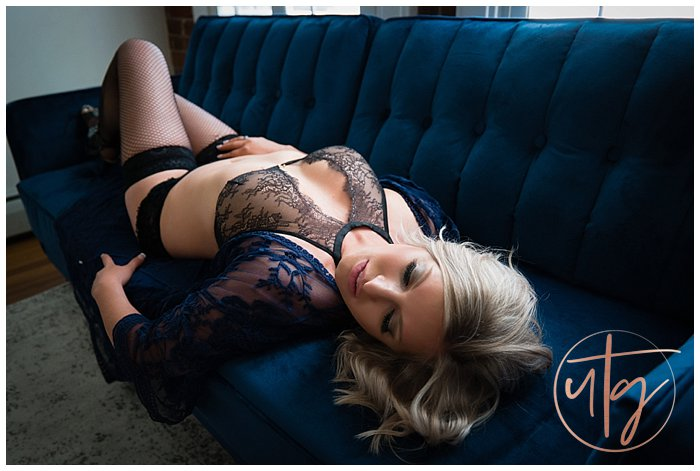 boudoir photography studio denver blue velvet couch.jpg