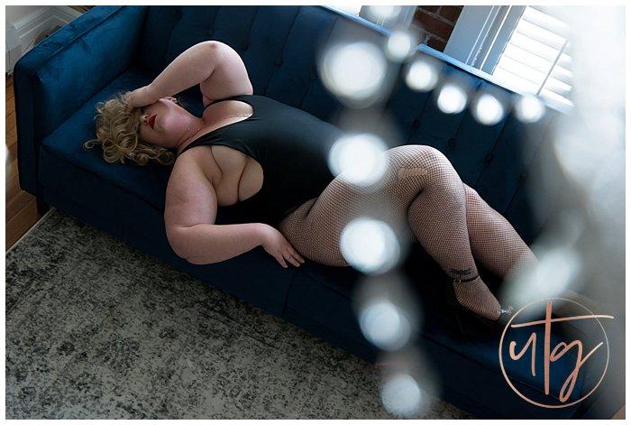 boudoir photography denver bodysuit blue couch fishnets.jpg