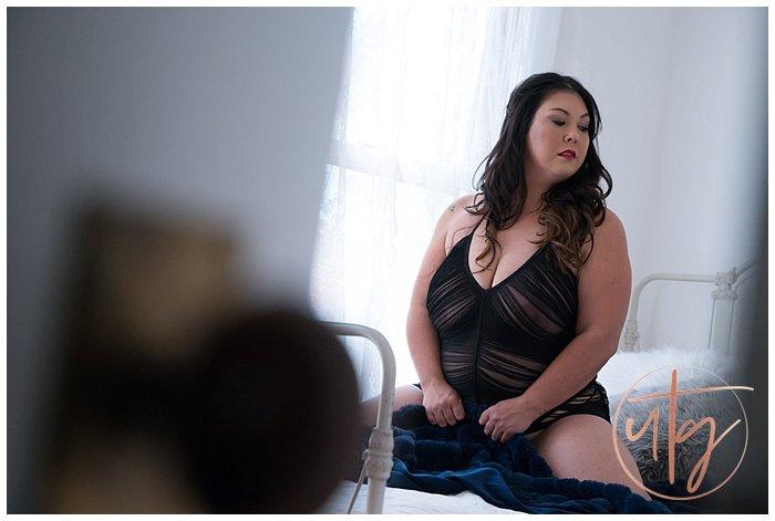 boudoir photography denver fringe brunette.jpg