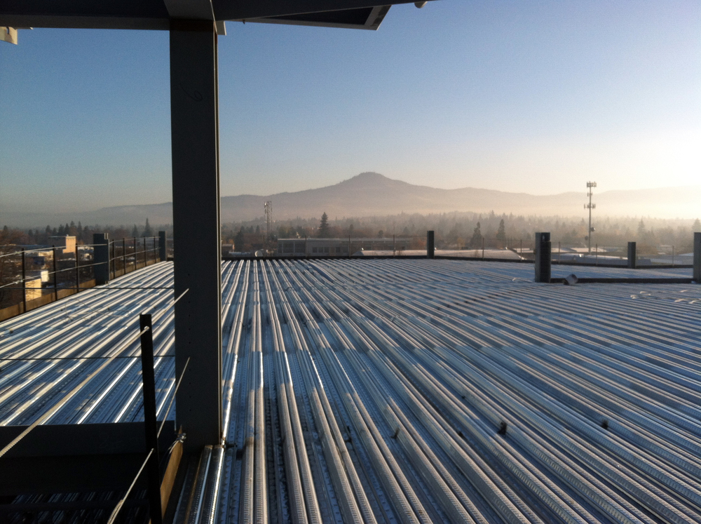 open-web-joist-and-metal-deck-rf-stearns-structural-steel-construction-3.jpg