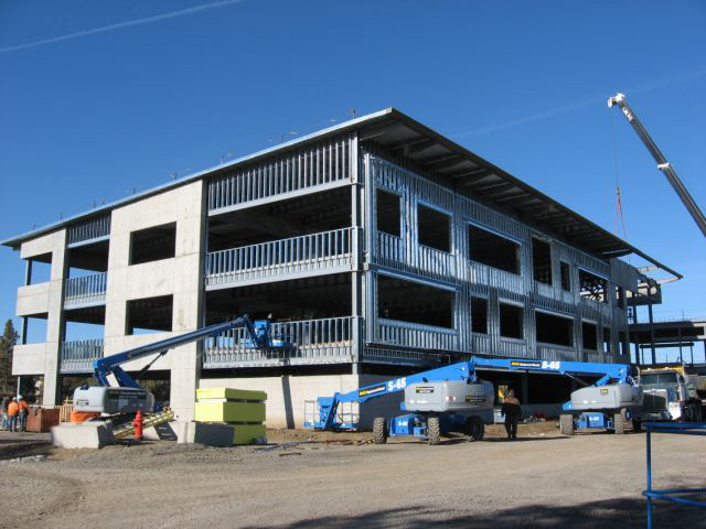 les-schwab-headquarters-office-building-rf-stearns-structural-steel-construction-2.jpg