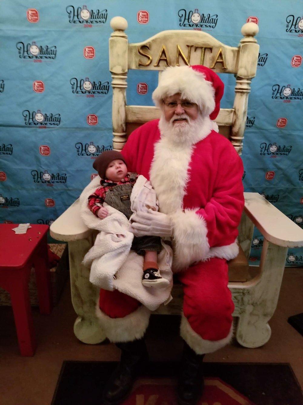 Kimberly Aker Photography | Bossier City Boudoir & Lifestyle Portrait Photographer| Shreveport Boudoir & Lifestyle Portrait Photographer | New Christmas Traditions with Floyd