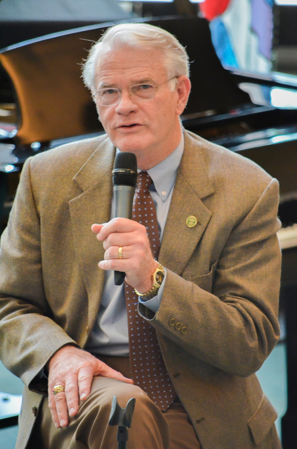 Mayor Mark Luttrell