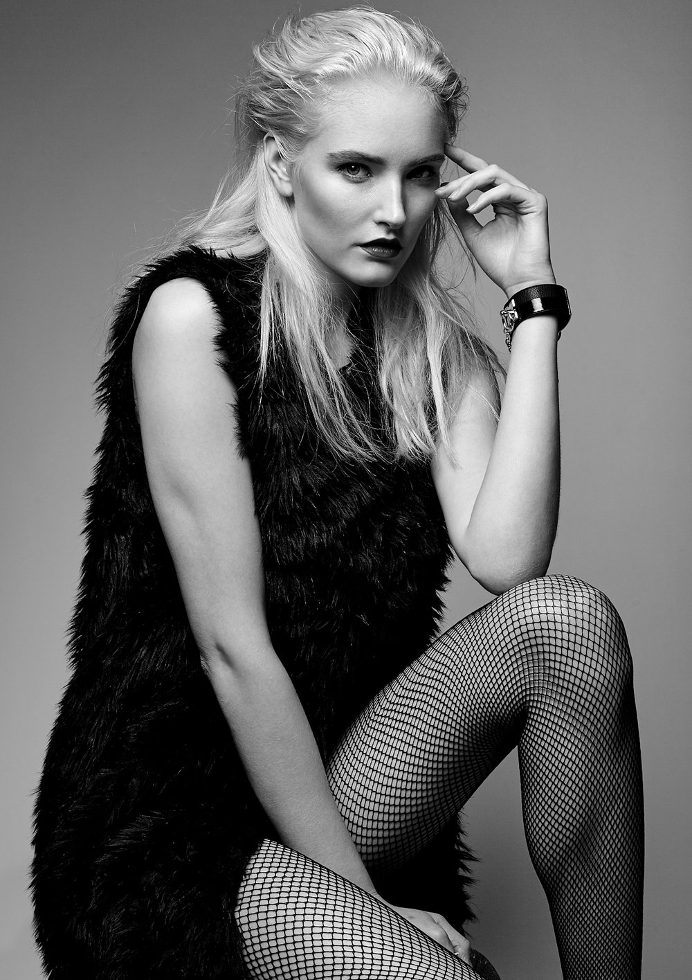 Fashion editorial photoshoot Vancouver Rocker 13.jpg