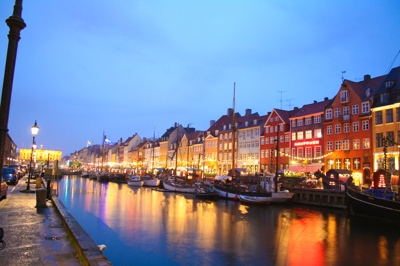 copenhagen-page-canal-night-full2