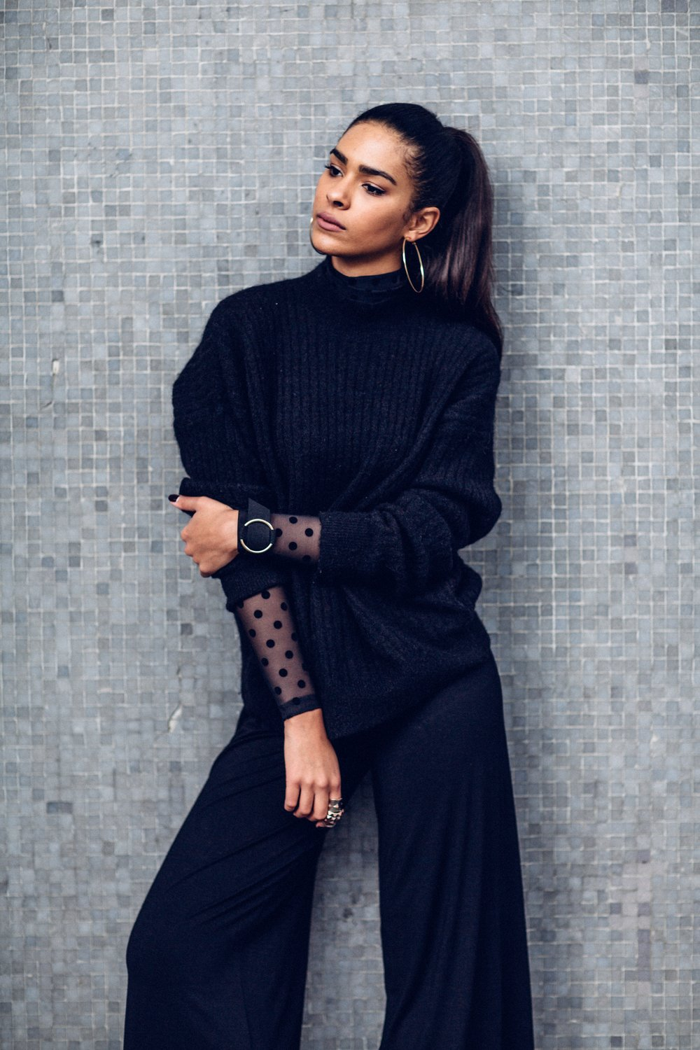 Carelle - All Black Outfit