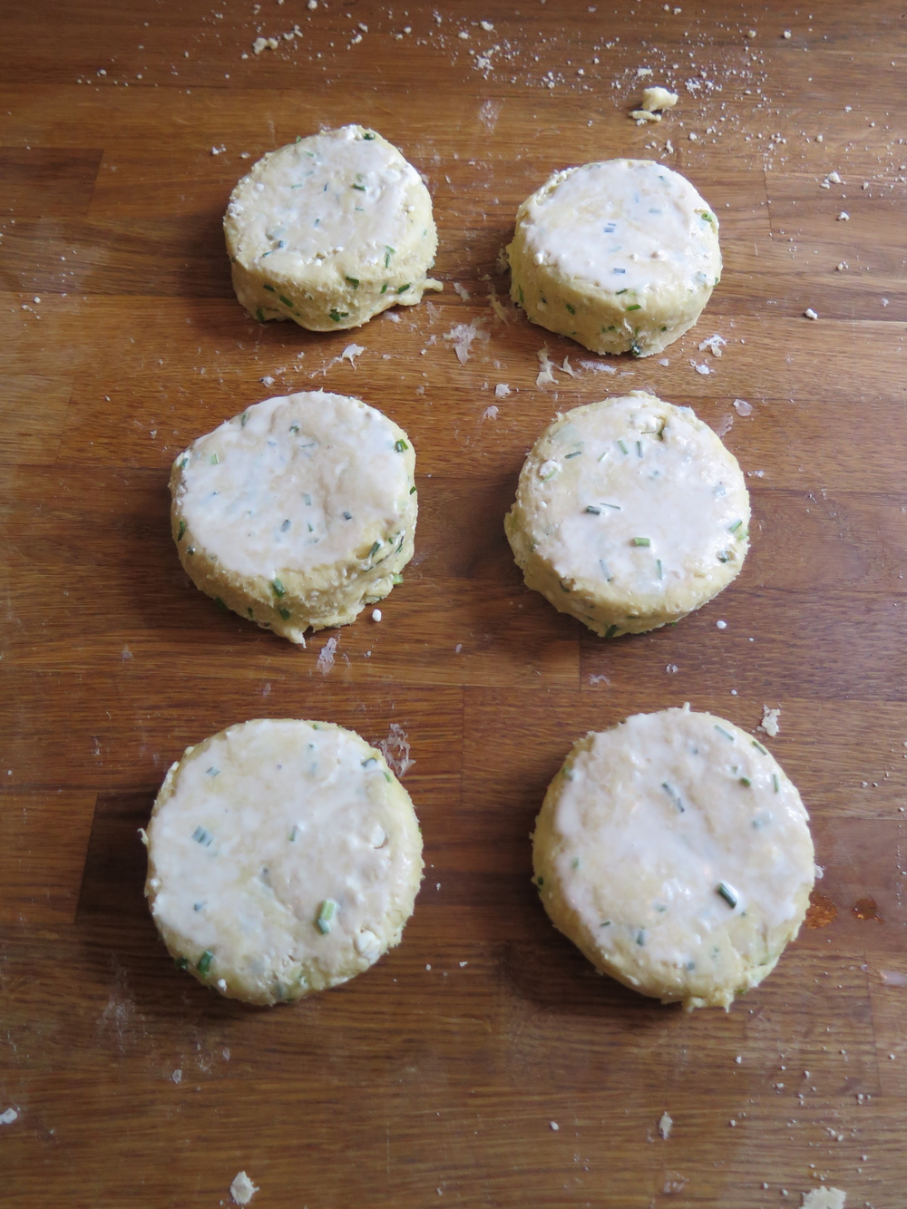 Feta and Chive Sour Cream Scones — Nordahl creative