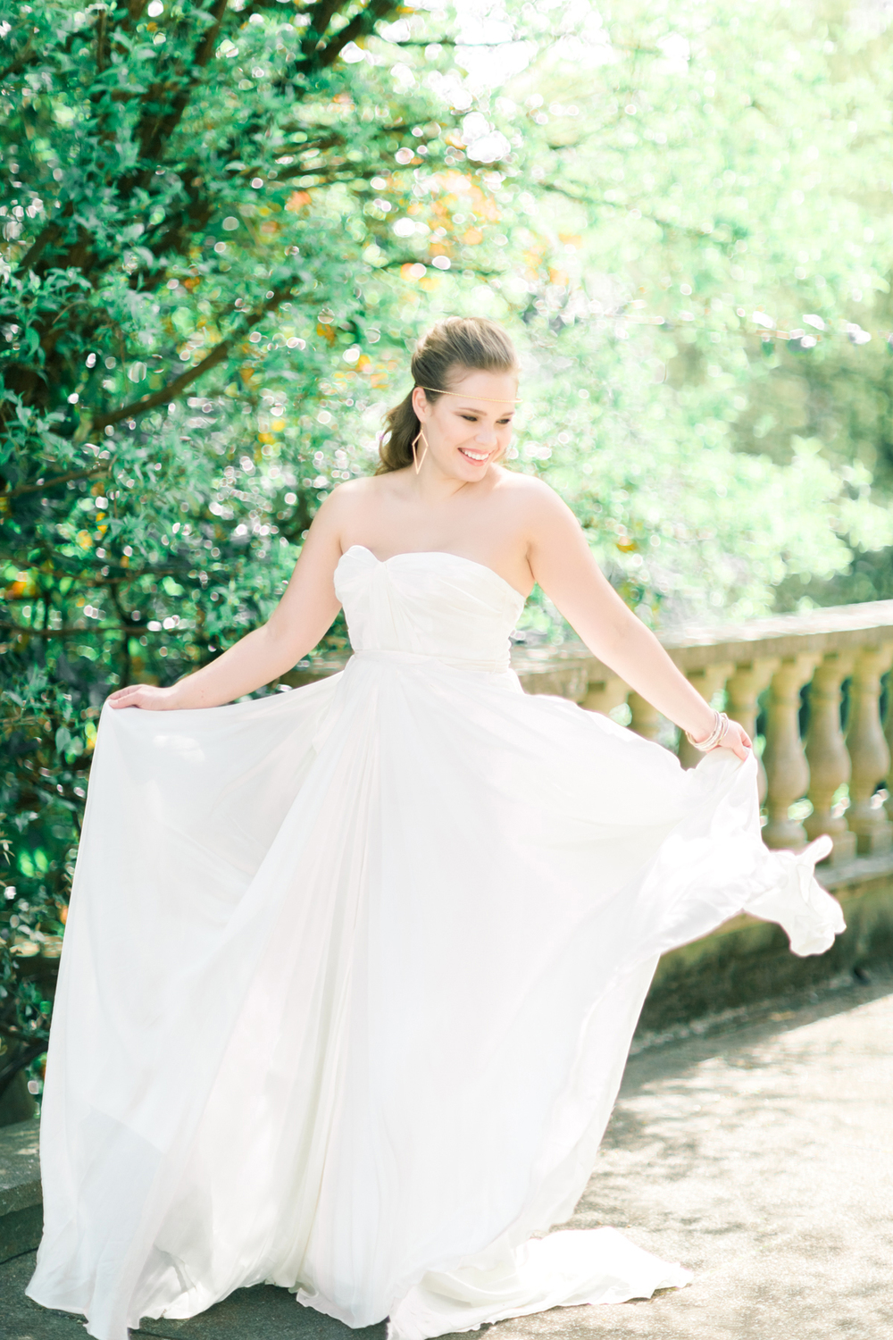 wedding dress shopping-bridal stylist-personal shopping weddings-charlotte munro