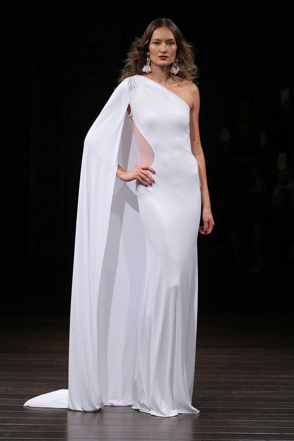 sleek sexy naeem khan.jpg