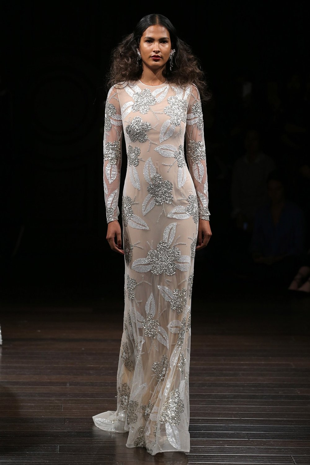 sleek naeem khan.jpg