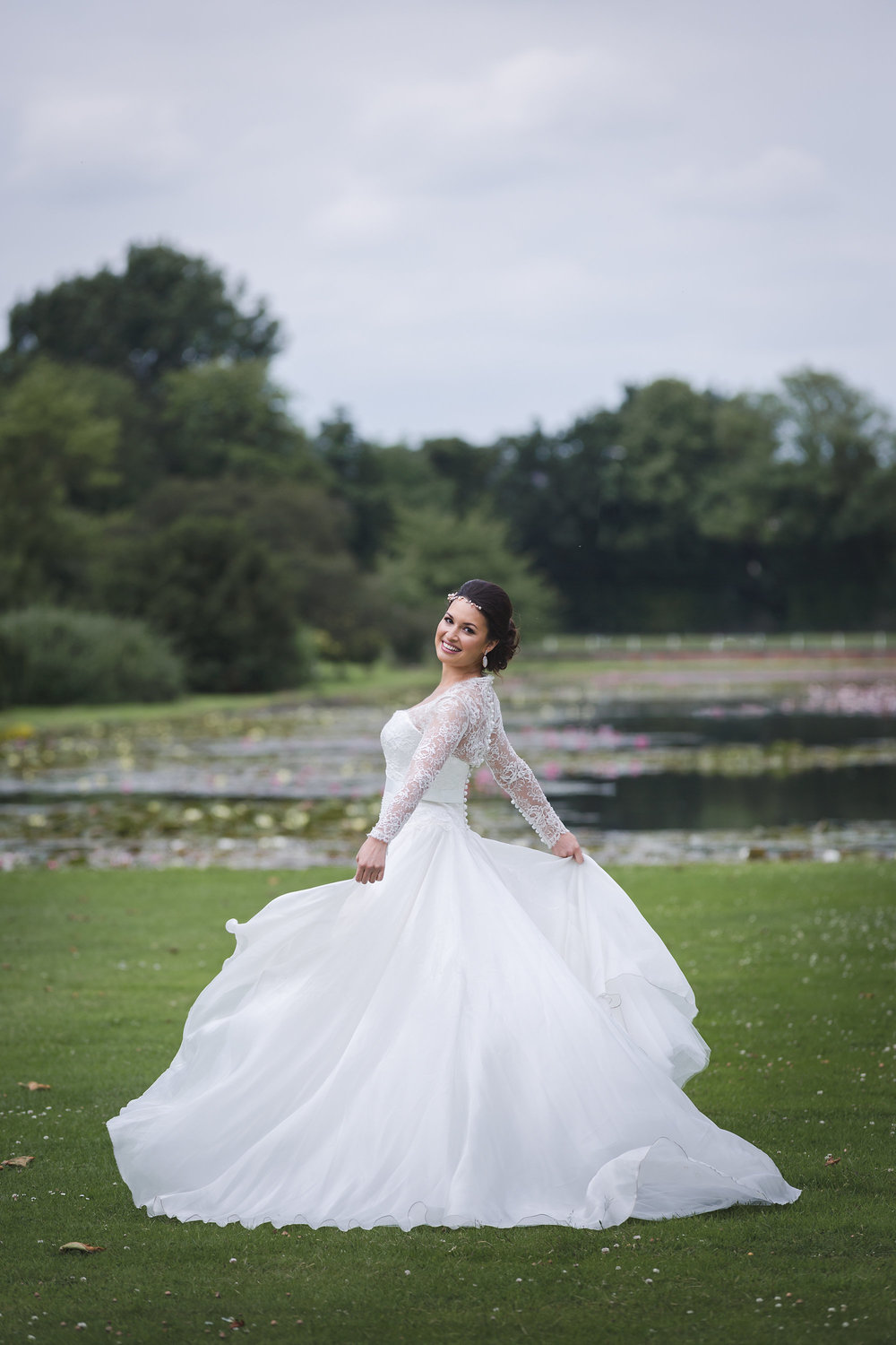 Suzanne Neville Bride-Charlotte Munro wedding stylist-London Wedding Planner-Photography by Anna Marie.jpg