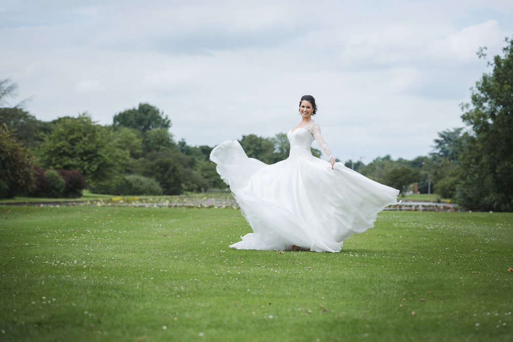 Suzanne Neville Bride-Boreham House-Charlotte Munro bridal stylist-wedding stylist-Team Glam-Photography by Anna Marie.jpg