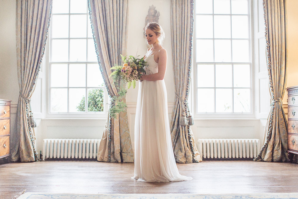 For a soft boho chic look, this Savanah Miller gown from The Wedding Club was a perfect choice, and Carla at Team Glam finished the look with soft makeup and a loose updo.