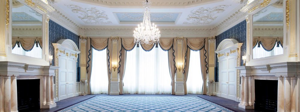 Claridges drawing room - Charlotte Munro luxury weddings