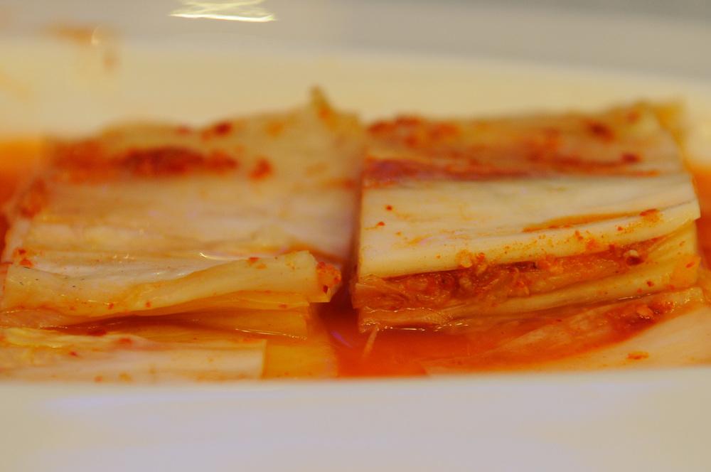 """평양 """"아리랑"""" 식당의 김치 한 접시"""
