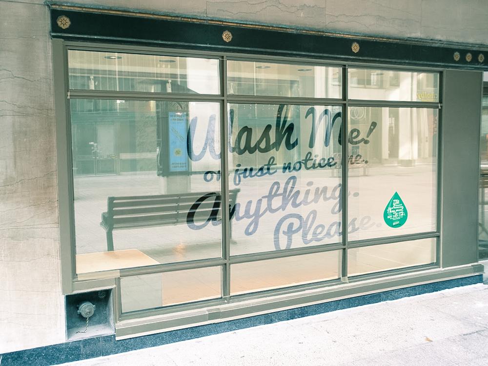 Reverse graffit