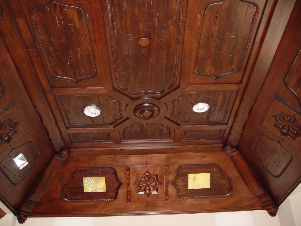Jo's Ceiling (4).JPG
