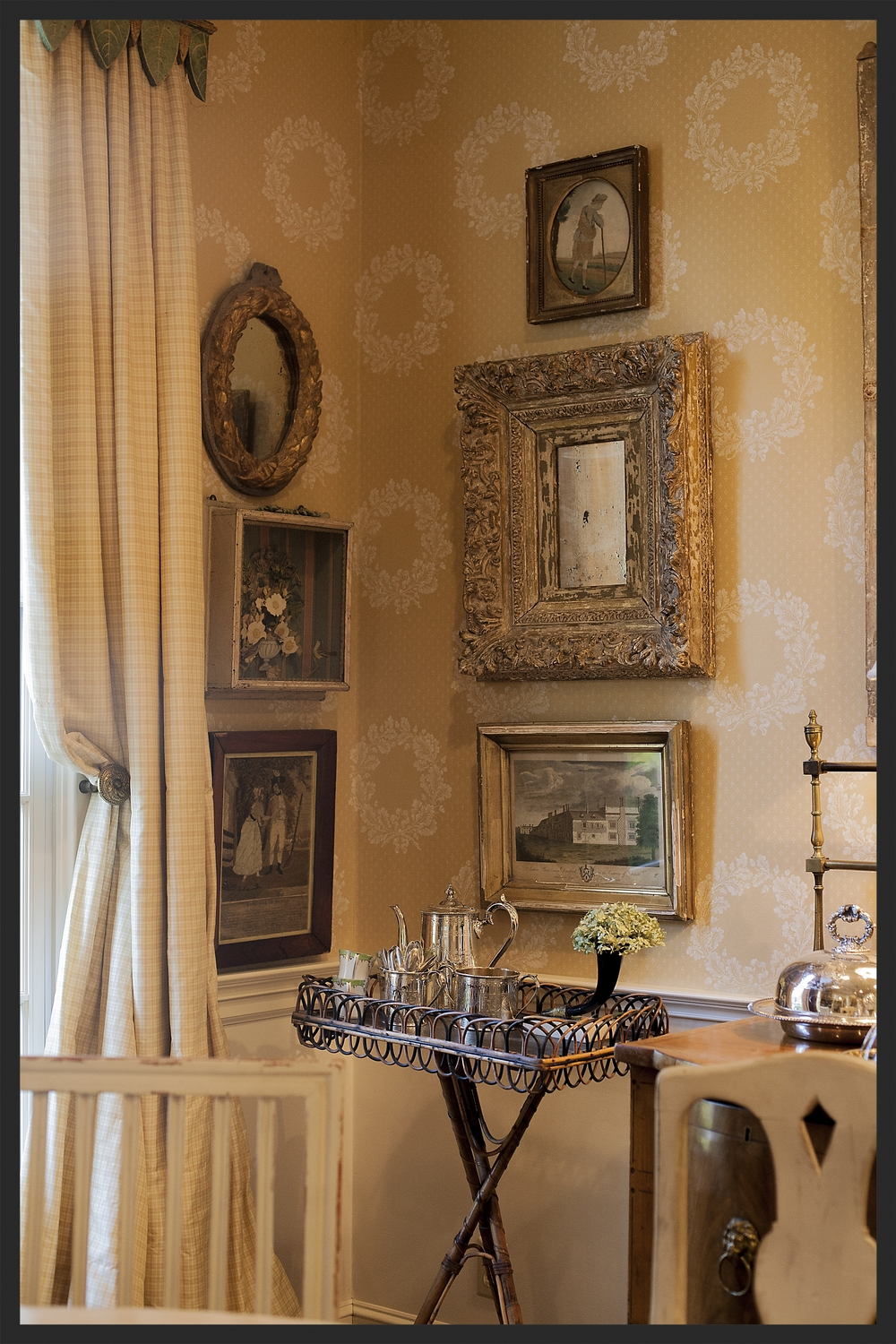 Corner of dining room.  Linda Kay McCloy - alittleenglishinteriors.com