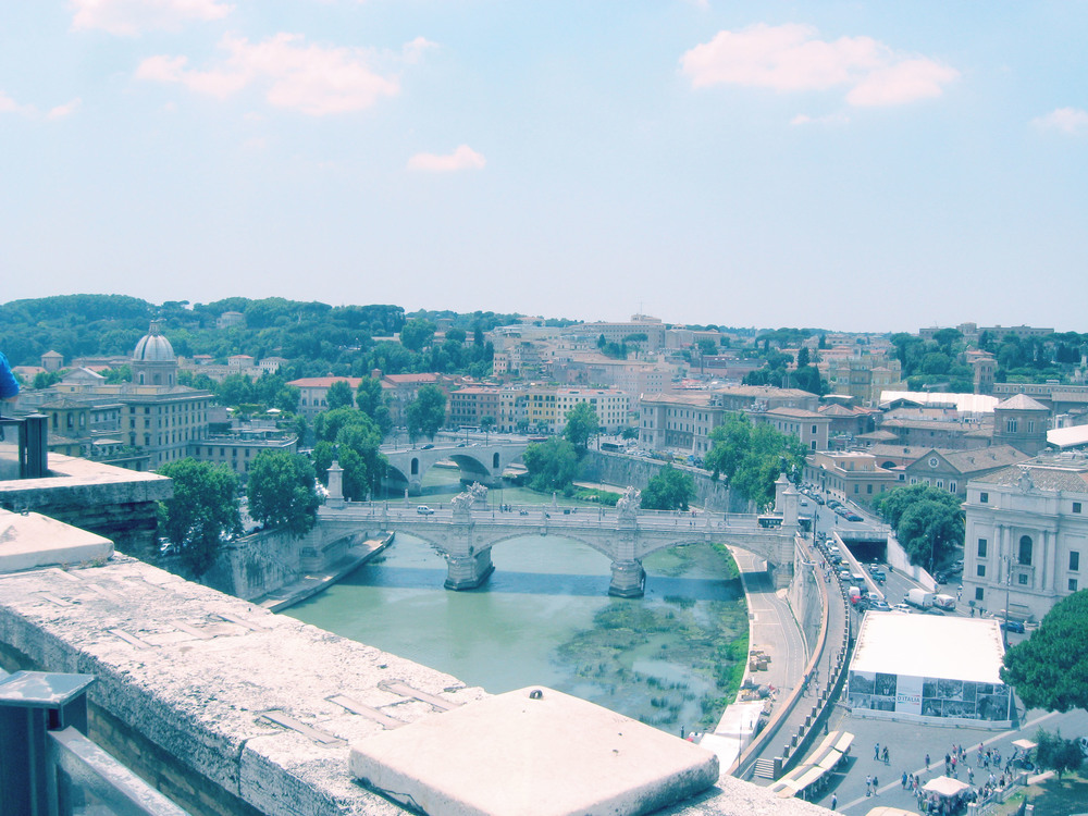 One of the crossings over the Tiber River.