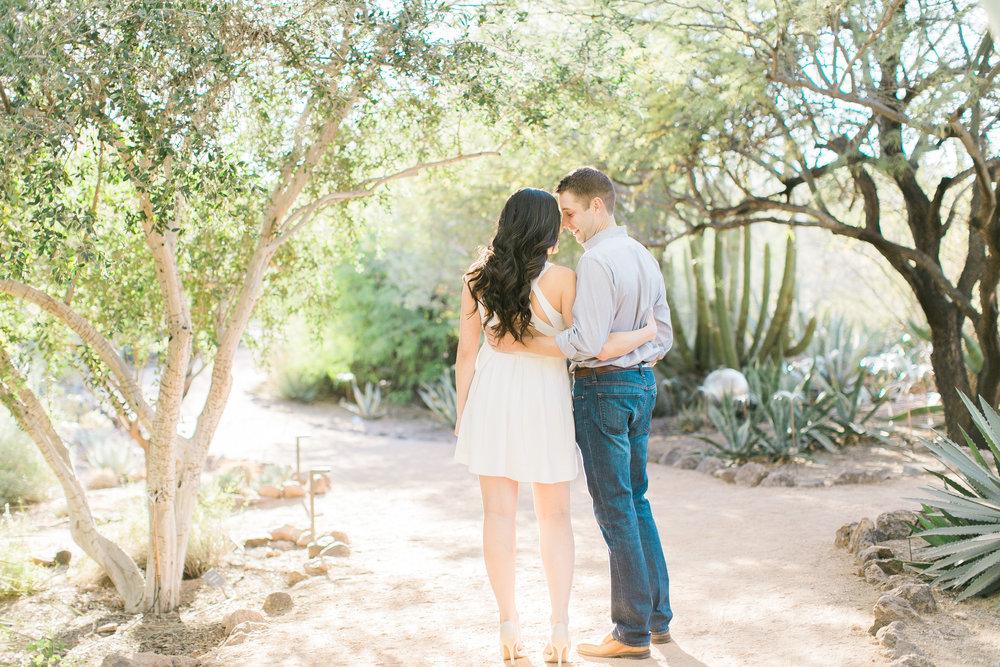 desert-botanical-garden-engagement-brealyn-nenes