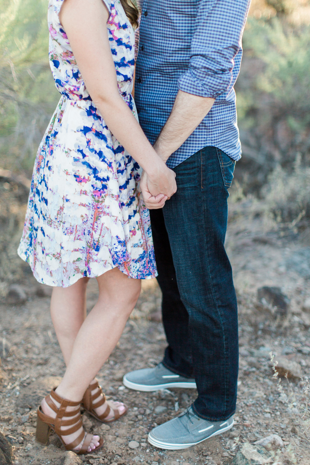 arizona-desert-engagement-brealyn-nenes