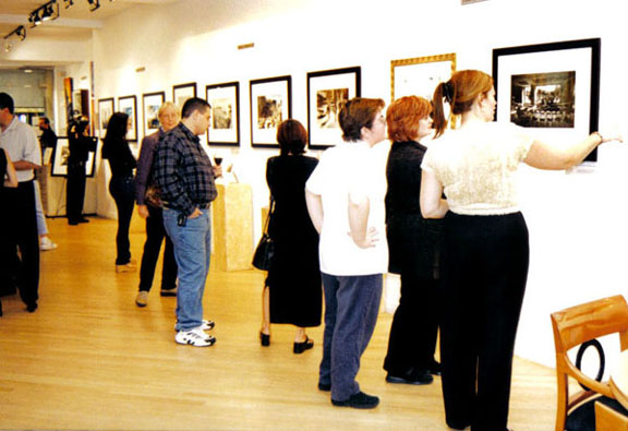 2001-Harry Benson 9-11 Exhibition