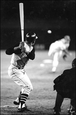 Roberto Clemente Hitting, 1968