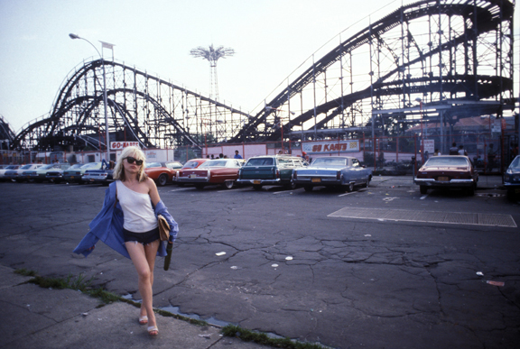 Debbie Harry, Coney Island, 1977