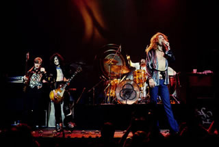 Group, Live, 1975