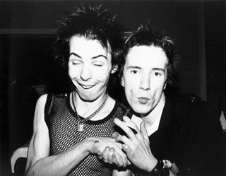 Sid Vicious & Johnny Rotten Holding Hands -