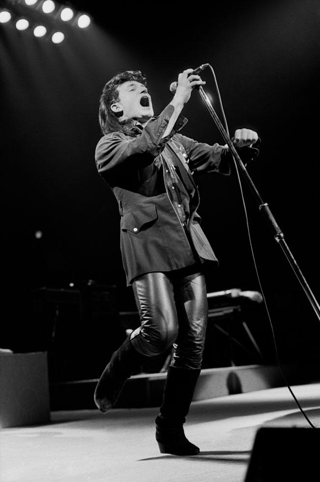 U2 Bono Singing 1985