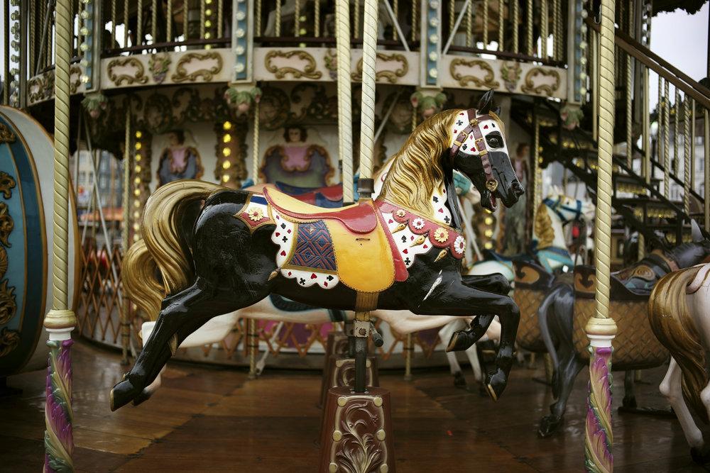 The Carousel En Fleur - Plate 1