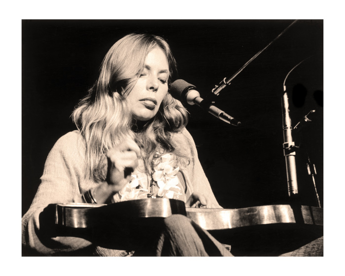 """Joni Mitchell, Honolulu, 1970"""