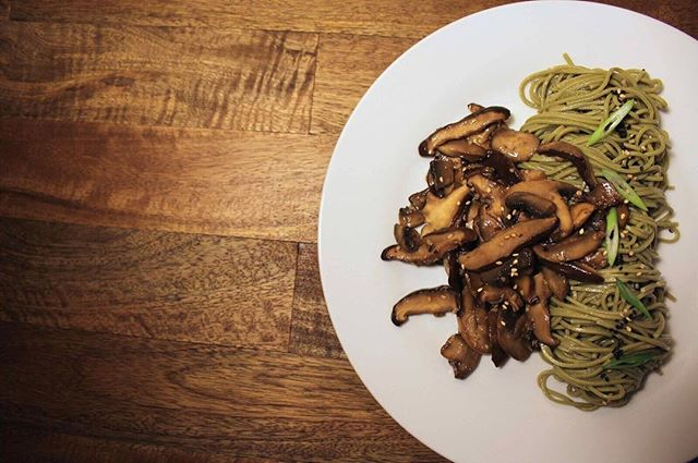 Enjoy #Vegan meatless meals like our Wild Mushroom and Green Tea Soba Noodles. #JustRechauffe #Organic #Local #Sustainable #MinuteMeals #Gourmet #PersonalChef #MealPrep #Delivered #OC #OrangeCounty #Healthy #FoodPorn #MealPlan #Foodie #FarmersMarketProduce #SupportLocal #ShopLocal #EcoFriendly #EatClean #Plated