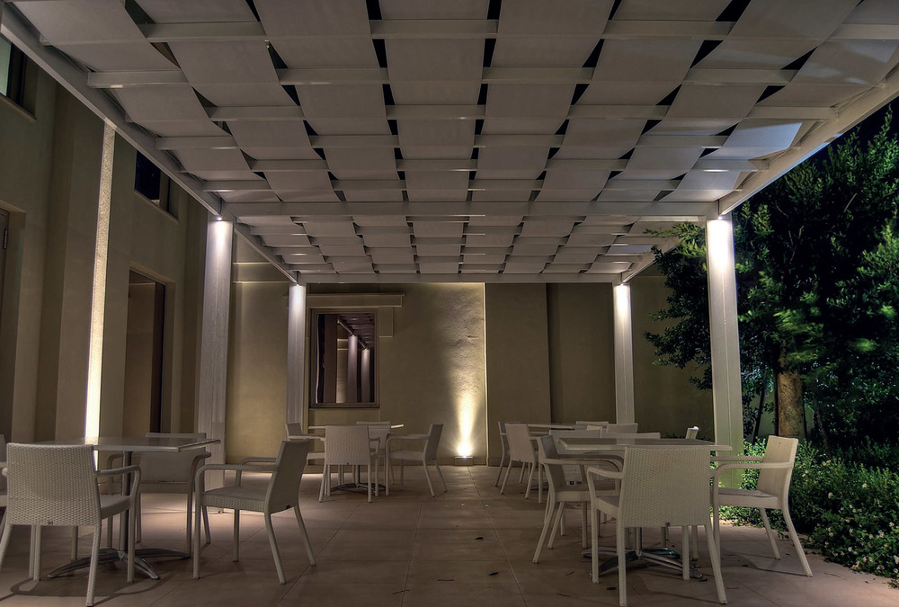 RESIDENTIAL EXTERIOR  SURFACE MOUNT  LIGHTING