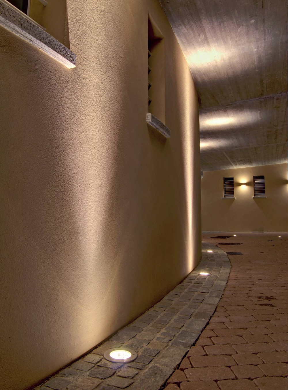 Luce & Light -immg-1033 - installation pic.jpg