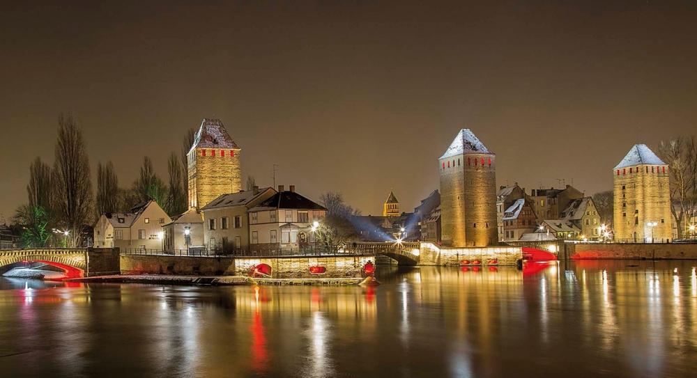 Urban Exterior Lighting - Platek - Strasbourg.jpg