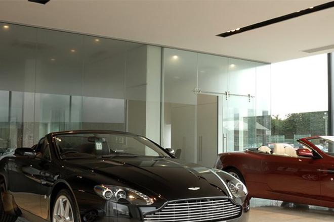 Aston Martin Showroom   Brand: Forma Lighting