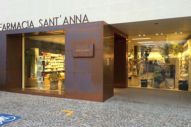 Farmacia Sant'anna   Brand: Macrolux