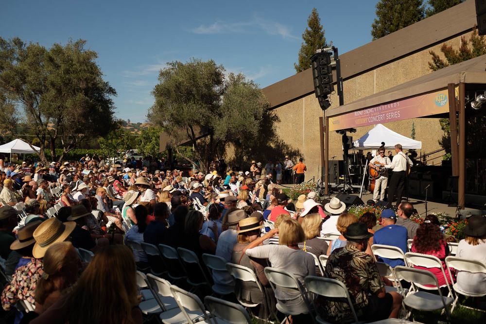 Rodney Strong Concerts 2014 2 Chris Isaak-3726.jpg